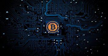 Биткоин и Эфириум: успехи главных криптовалют в 2020 году