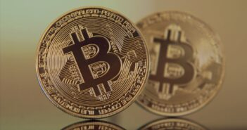 Блокчейн и криптовалюты 2020/21: главные итоги уходящего года и прогнозы на следующий