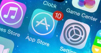 Стало известно, какие программы будут предустанавливать на смартфоны и планшеты в России