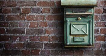 В Беларуси почта объяснила за что будет брать деньги с электронных отправлений