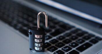 """Хакеры атаковали сайт праймериз """"Единой России"""""""