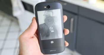 Эксперты не считают Йотафон и ArmPhone провалом