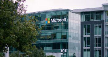 Microsoft продолжает оказывать поддержку некоммерческим организациям
