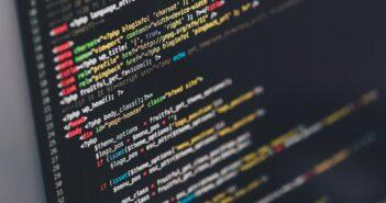 25–29 октября состоится первый недельный No-Code Марафон — масштабная онлайн-конференция для бизнес- и ИТ-лидеров о цифровой трансформации крупных и средних компаний и ее специфике в разных отраслях. Регистрация на мероприятие уже открыта. Компания «Террасофт Россия», производитель платформы и продуктов Creatio, приглашает 25–29 октября на Первый недельный No-Code Марафон — масштабную онлайн-конференцию для бизнес- и ИТ-лидеров о цифровой трансформации крупных и средних компаний и ее специфике в разных отраслях. Яркая открывающая сессия, выступление специальных гостей, обмен знаниями и опытом, отраслевой и кросс-индустриальный маркетплейс-микс — разнообразие тем и форматов подарит новые идеи и вдохновение, которые станут драйвером трансформации вашей компании. 5 ДНЕЙ — 50+ СПИКЕРОВ — 100% ACCELERATE Ежегодно открытые мероприятия серии ACCELERATE собирают сотни спикеров и десятки тысяч участников, а на сцену выходят лидеры крупнейших предприятий России и признанные эксперты с мировым именем. В 2021 году гостей конференции ждет уникальный пятидневный онлайн-марафон о том, какие стратегии, подходы и инструменты помогают организациям преодолевать вызовы современного цифрового мира. В ФОКУСЕ ОТРАСЛИ Глубокое погружение в отраслевую специфику даст возможность компаниям из самых разных индустрий — от банков и финансовых организаций до ритейла, промышленных предприятий и нефтегазового сектора — еще быстрее решать «горящие» бизнес-задачи для получения исключительных результатов. ТРЕНДЫ — ИННОВАЦИИ — ГОТОВЫЕ РЕШЕНИЯ Пятидневный онлайн-марафон позволит каждому участнику найти для себя активности, наиболее интересные по тематике и формату. В программе мероприятия: • Доклады от лидеров крупнейших компаний и жаркие «битвы мнений» о трансформации бизнес-моделей и векторе развития корпоративного ПО в эпоху тотальной цифровизации. • Истории успеха, интервью и практические кейсы трансформации бизнеса с помощью low-code/no-code — технологий, позволяющих автоматизировать бизнес-идеи за